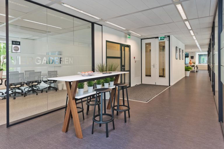 Project Stroombaan | Branding Office Furniture